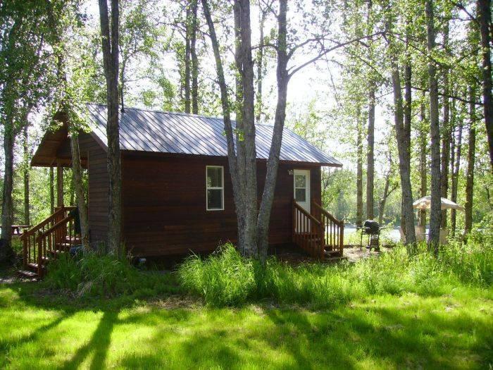 Alaska Riverview Lodge, Kasilof, Alaska, budget travel in Kasilof