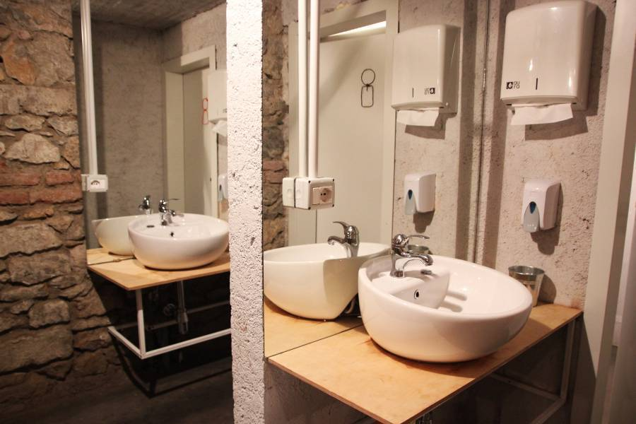 Destil Hostel, Tirana, Albania, places with top reputations and hotels in Tirana