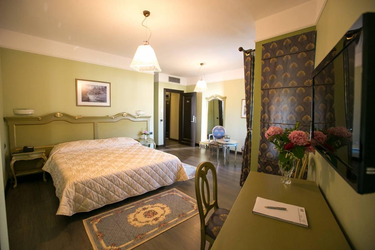 Hotel Victoria Tirane, Tirana, Albania, Albania hotels and hostels