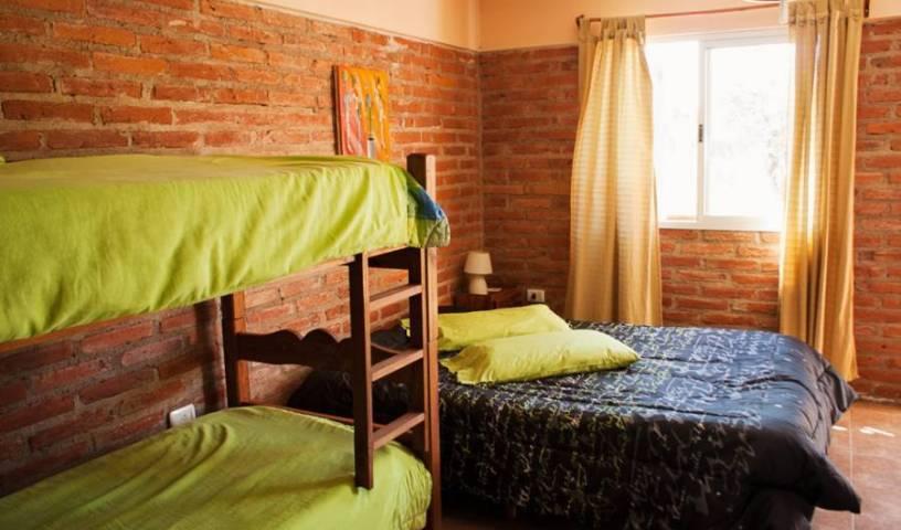 Hostel Tinktinkie - Низкие тарифы на проживание и проверка наличия в Santa Rosa de Calamuchita 15 фотографии