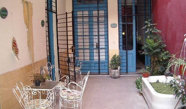 Milonga Hostel - Search for free rooms and guaranteed low rates in Recoleta 6 photos