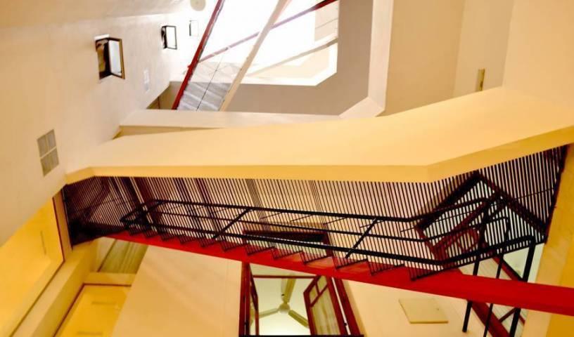 Ostinatto Hostel - Få lave hotelpriser og tjek ledighed i San Telmo 11 fotos