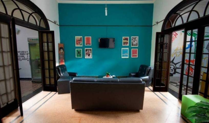 Rivera Hostel Cordoba - Get low hotel rates and check availability in Cordoba, best hotels near me in Córdoba, Argentina 9 photos
