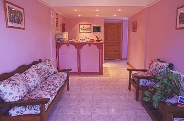 Hostal Del Monte, Ushuaia, Argentina, ホテル、ホステル、またはベッド&ブレックファストの最低価格を検索 に Ushuaia