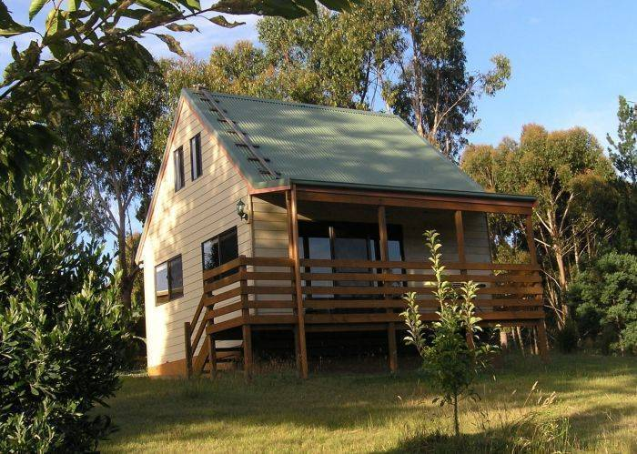 Carinya Park Orchard Cottage, Gembrook North, Australia, big savings on hotels in Gembrook North
