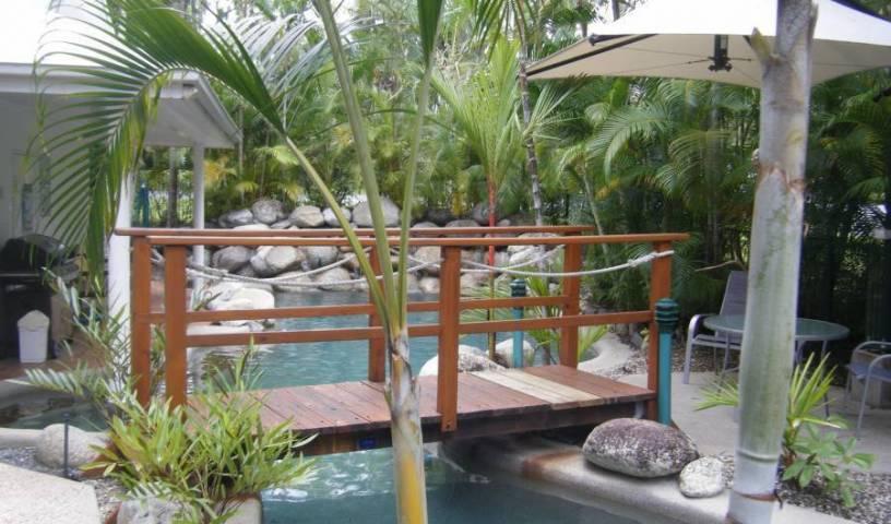 Coral Apartments Port Douglas 11 photos