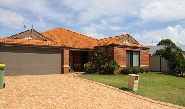 Mandurah Golf Links Retreat - Get low hotel rates and check availability in Perth 7 photos
