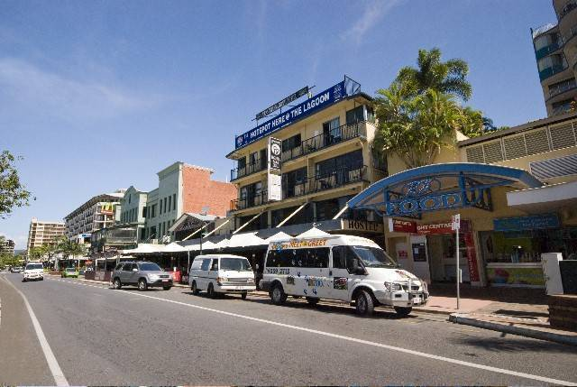 Global Backpackers on the Waterfront, Cairns, Australia, hotel and hostel world accommodations in Cairns