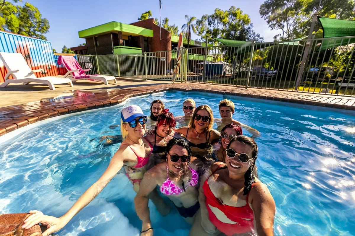 Haven Backpacker Resort, Alice Springs, Australia, hotels and hostels for sharing a room in Alice Springs