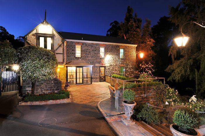 Loft in the Mill, Olinda, Australia, Australia hotels and hostels