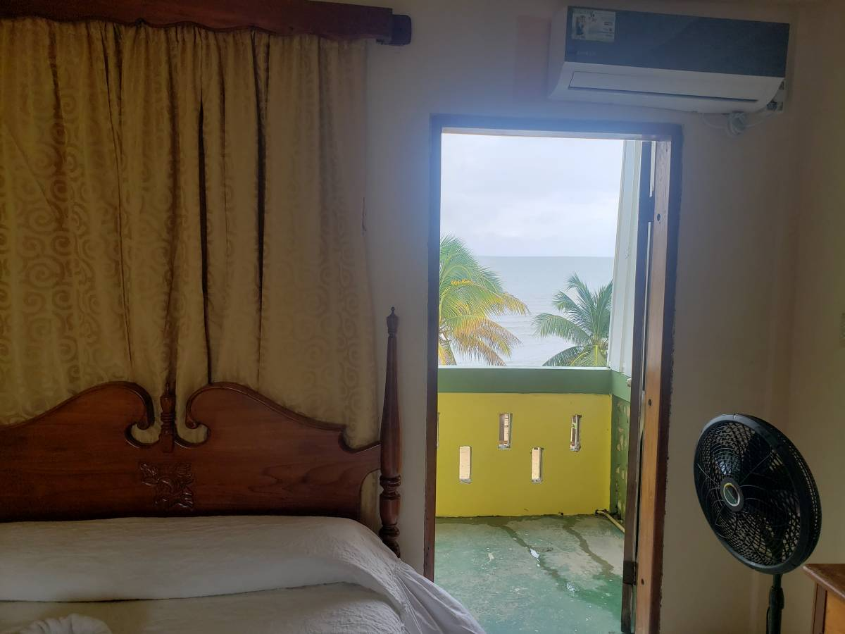 Pal's On The Beach, Dangriga, Belize, what is there to do?  Ask and book with us in Dangriga