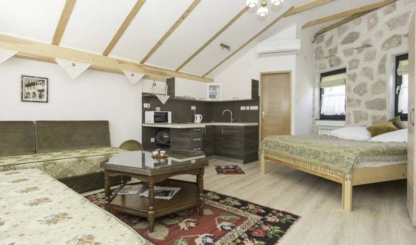 Guest House Kandilj - Get low hotel rates and check availability in Sarajevo 14 photos