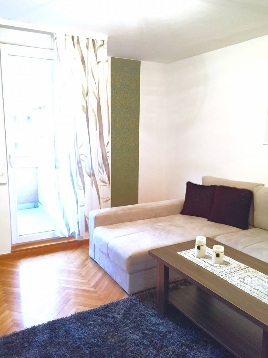 Neretva, Mostar, Bosnia and Herzegovina, hostels, backpacking, budget accommodation, cheap lodgings, bookings in Mostar