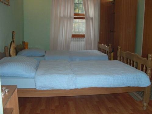 Pansion Mili, Mostar, Bosnia and Herzegovina, hotels near tours and celebrities homes in Mostar