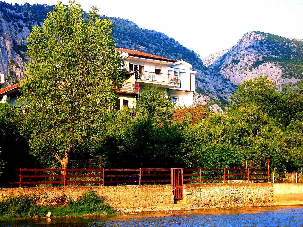 Villa Basic, Blagaj, Bosnia and Herzegovina, best travel website for independent and small boutique hotels in Blagaj