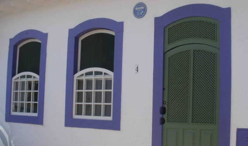 A Casa de Paulo Autran - Get low hotel rates and check availability in Paraty 18 photos