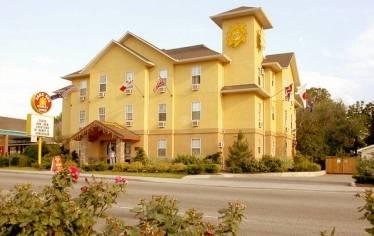 Kelowna - Samesun Backpacker Lodges, Kelowna, British Columbia, Tudo o que você precisa para as suas férias dentro Kelowna