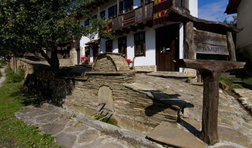 Dedovite Kashti - Search for free rooms and guaranteed low rates in Stefanovo 36 photos