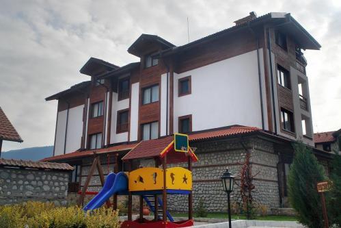 Winslow Atrium, Bansko, Bulgaria, Voyage en généalogie et voyages thématiques dans Bansko