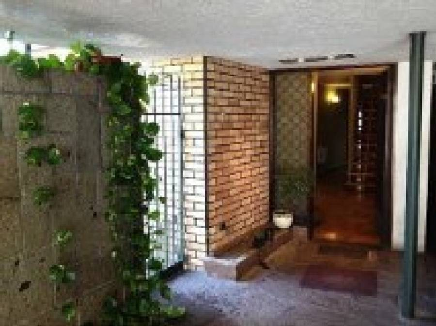 Bedandbreakfast Blumenhaus, Santiago, Chile, hotels and destinations off the beaten path in Santiago