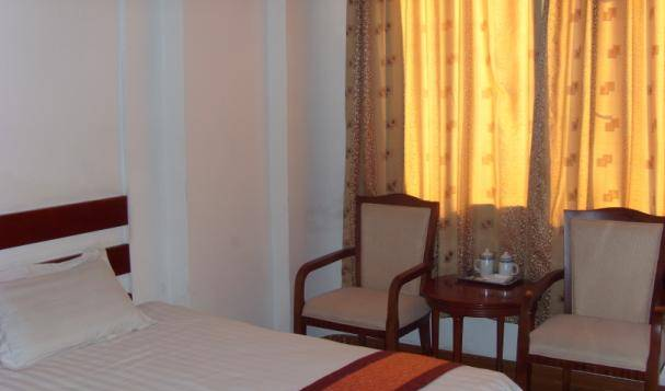 Heng Fu Lai Hotel, find hostels with restaurants and breakfast 4 photos