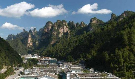 Pipaxi Hotel - Search for free rooms and guaranteed low rates in Zhangjiajie 8 photos