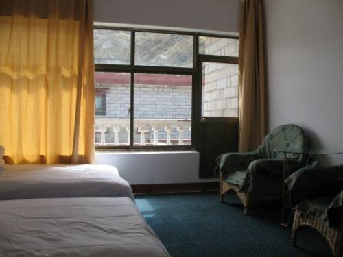 Lhasa River Guest House, Lhasa, China, pet-friendly hotels, hostels and B&Bs in Lhasa