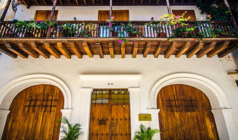 Alfiz Hotel - Get cheap hostel rates and check availability in Cartagena, CO 2 photos