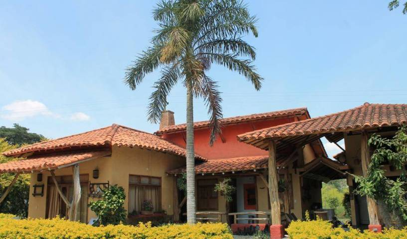 Hotel del Campo - Search for free rooms and guaranteed low rates in Pereira 6 photos