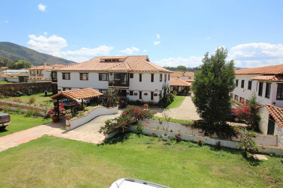 villa de leiva lesbian singles Villa de leyva is a colonial town located 3 hours north of colombia's capital city, bogotá please use the information below to arrange your travel.