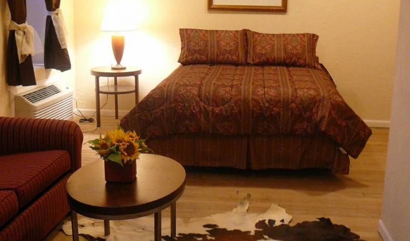 Holly Inn Suites - Search for free rooms and guaranteed low rates in Holly, more travel choices 7 photos