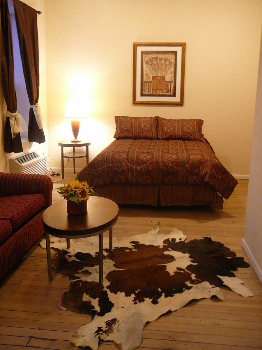 Holly Inn Suites, Holly, Colorado, Colorado hotels and hostels