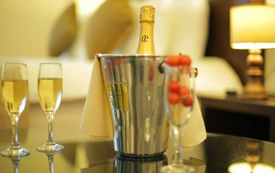GHS Hotel, Brazzaville, Congo, how to spend a holiday vacation in a hotel in Brazzaville