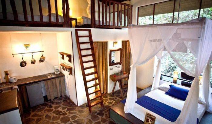 Canaima Chill House - Get low hotel rates and check availability in Santa Teresa 18 photos