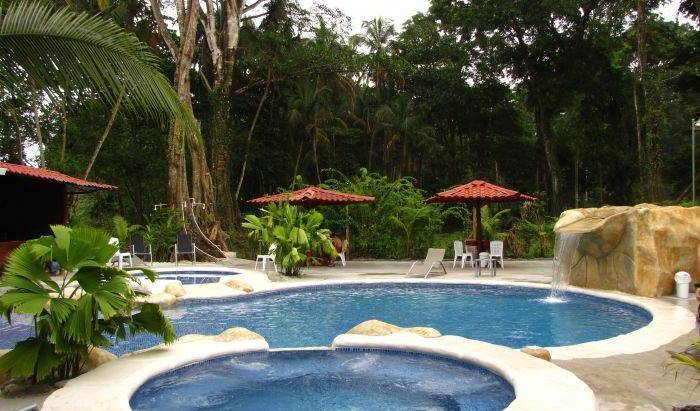 Hotel Agapi - Search available rooms for hotel and hostel reservations in Puerto Cahuita, budget travel 2 photos