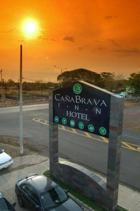 Hotel Cana Brava Inn, Canas, Costa Rica, low cost lodging in Canas