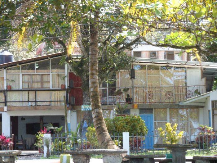 Mar y Sol Hostel, Puerto Viejo, Costa Rica, hotels with kitchens and microwave in Puerto Viejo