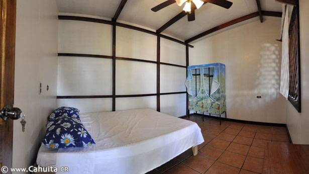 Shangri La Hostel, Cahuita, Costa Rica, hotel reviews and price comparison in Cahuita