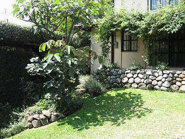 Tierra Magica B and B and Art Studio, Escazu, Costa Rica, fantastic reviews and vacations in Escazu