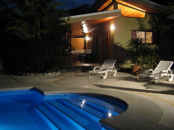 Villas Adele, Jaco, Costa Rica, how to select a hotel in Jaco