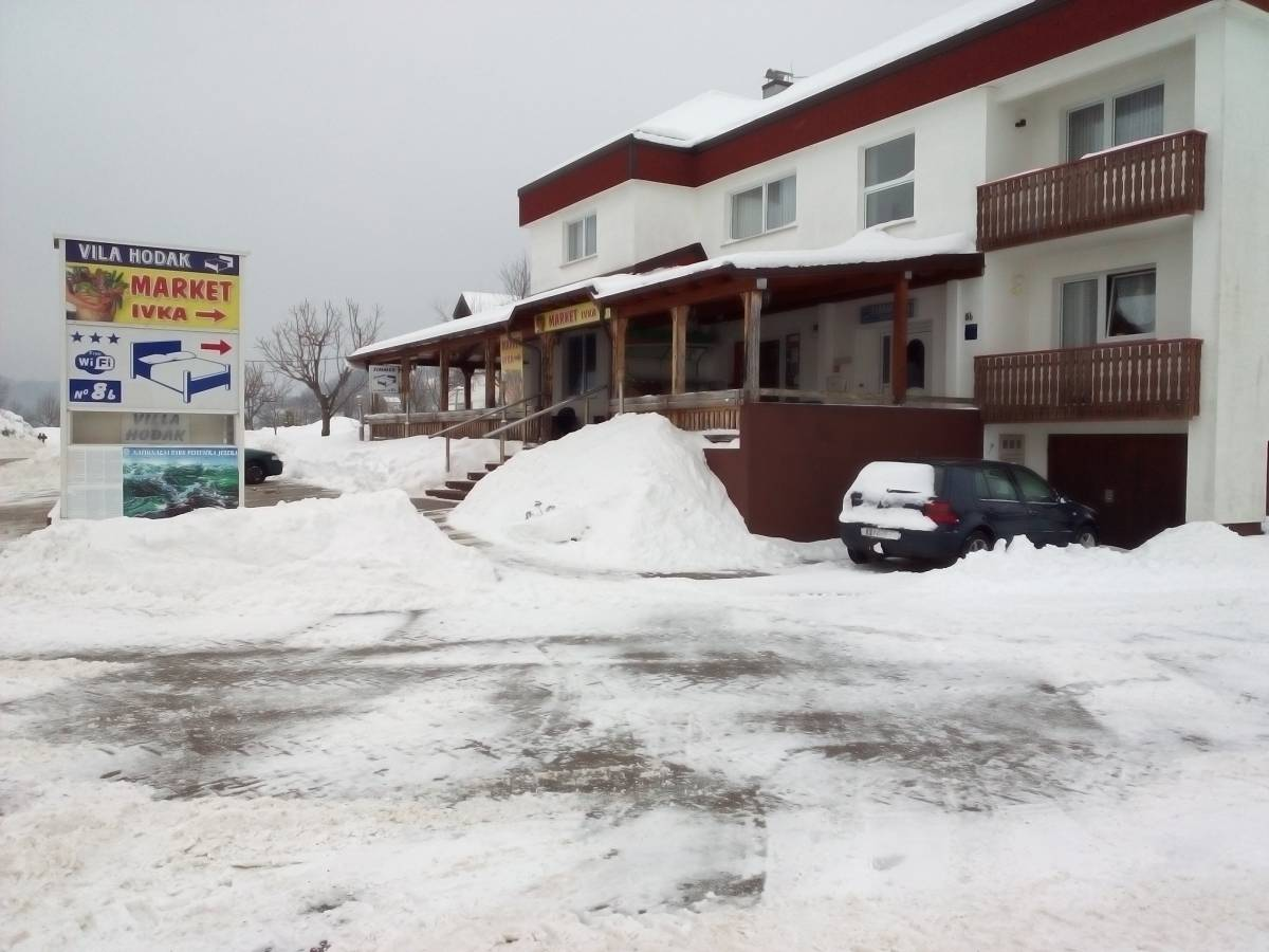 Apartments Danica, Rakovica, Croatia, highly recommended travel booking site in Rakovica