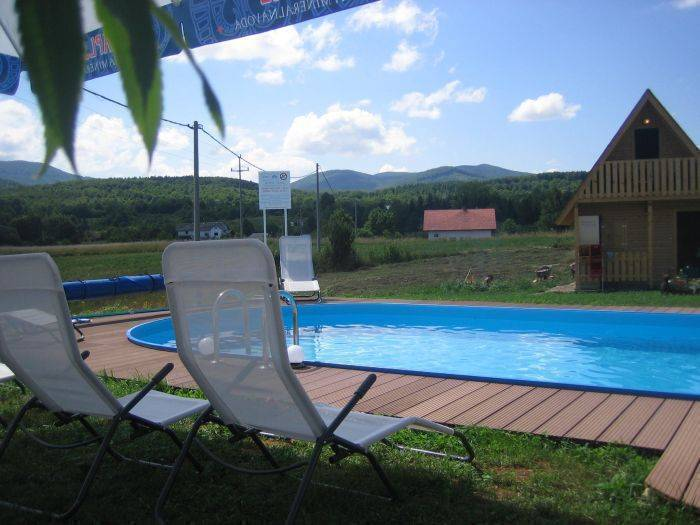 Apartments Plitvicer Seen, Rakovica, Croatia, compare with the world's largest hotel sites in Rakovica