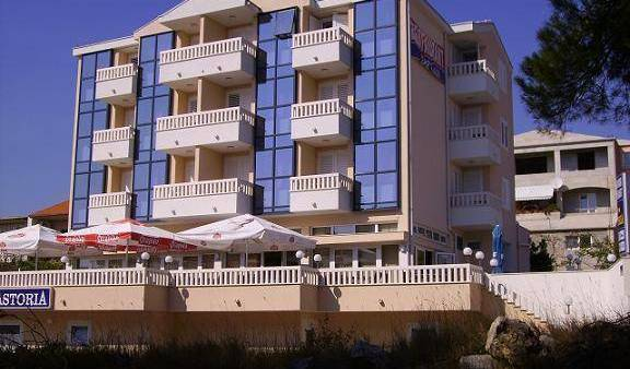 Apart Hotel Astoria - Get low hotel rates and check availability in Trogir in Croatia 7 photos