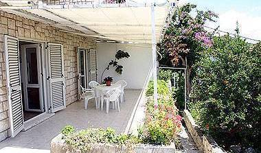 Apartment Tudor - Search available rooms for hotel and hostel reservations in Hvar 4 photos
