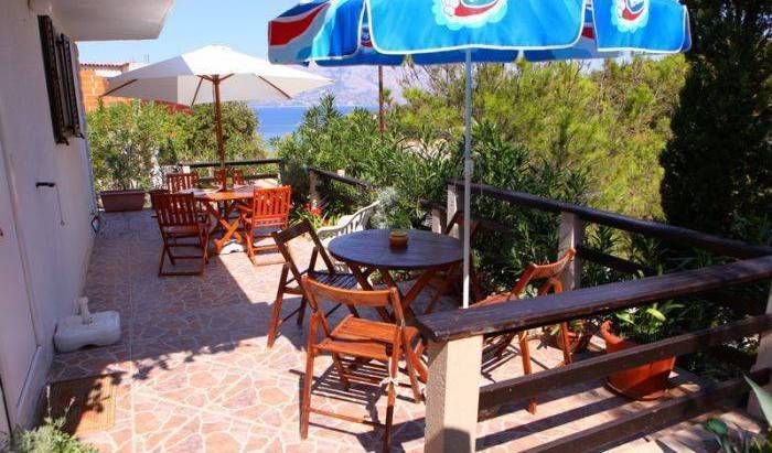 Apartment Vidikovac - Search for free rooms and guaranteed low rates in Povlja, Ba?ka Voda, Croatia hotels and hostels 15 photos