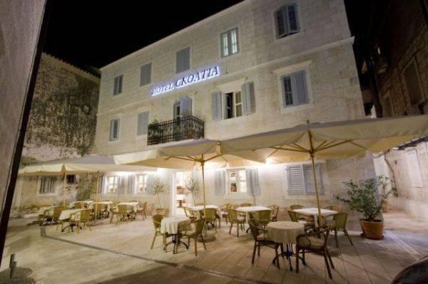 Hotel Croatia, Baska Voda, Croatia, discount holidays in Baska Voda