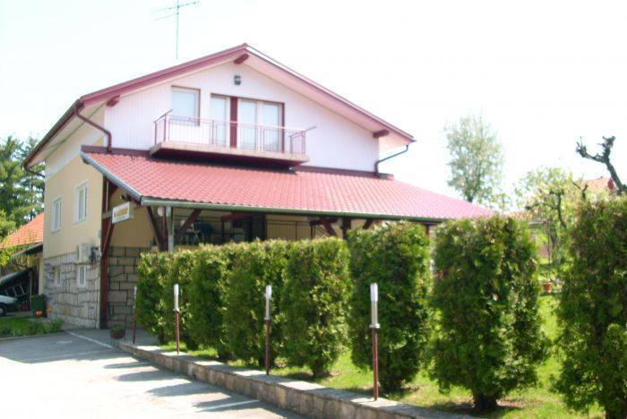House Giga, Rakovica, Croatia, Croatia hotels and hostels