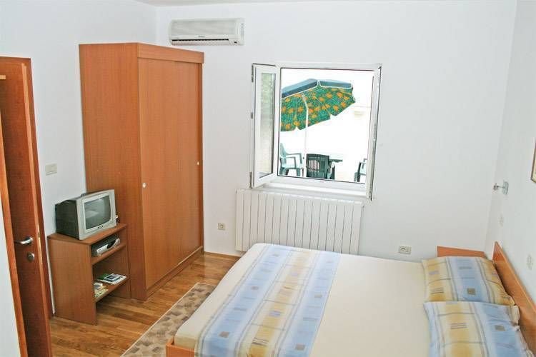 Studio Apartment Artemis 4, Dubrovnik, Croatia, gift certificates available for hotels in Dubrovnik
