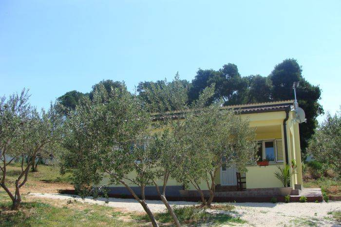 Villa Antonio II, Biograd na Moru, Croatia, hotels with air conditioning in Biograd na Moru