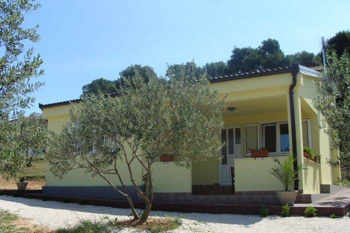 Villa Antonio II, Biograd na Moru, Croatia, Croatia hotels and hostels